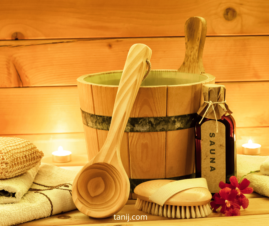 чем полезна сауна, можно ли в сауну с прыщами, с пирсингом, с татуировкой, почему нельзя есть чеснок, правила поведения в бане, как правильно охлаждаться после сауны